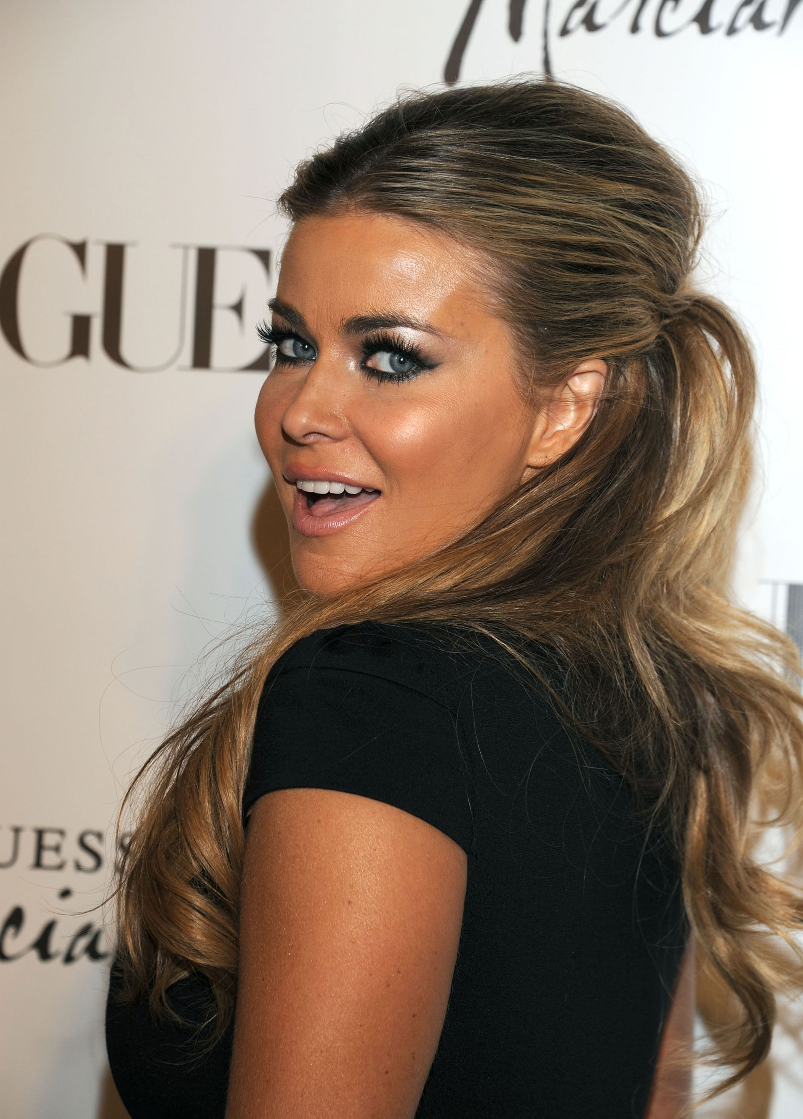 Carmen Electra Weight Height Body Stats Size Address