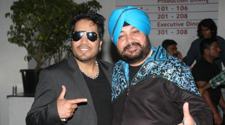 Mika-Singh-with-brother-5