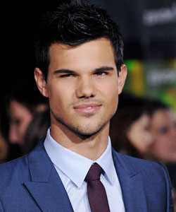 Taylor Lautner Weight Height Body Measurement, Hobbies ...