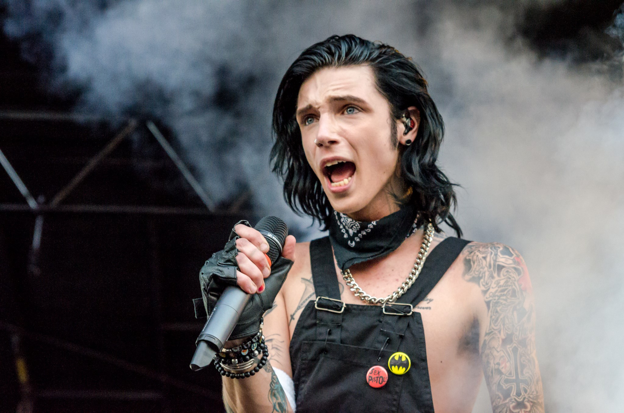 Andy Biersack Weight Height Body Measurement, Hobbies, Bio ...