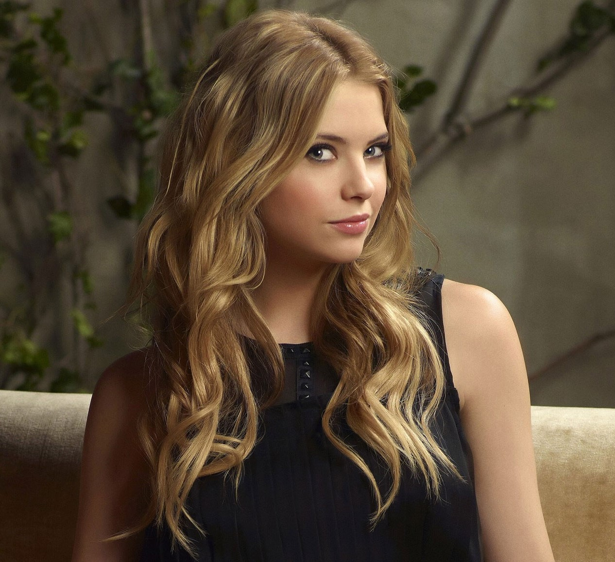 ashley benson - photo #2