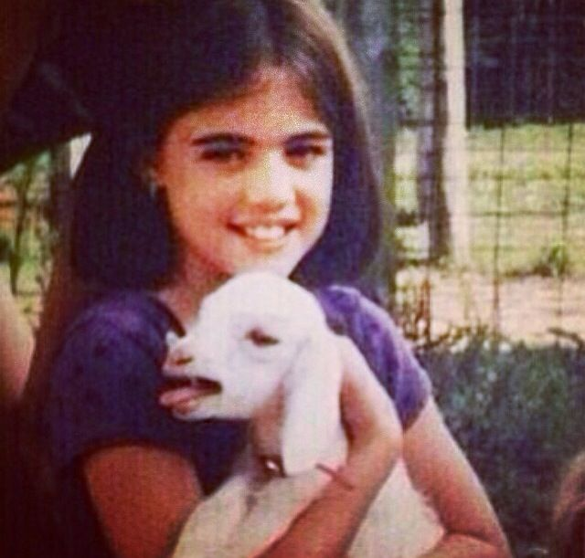 lucy-hale-childhood