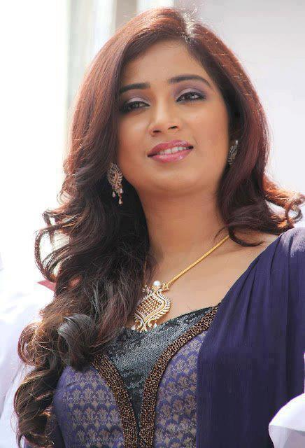Shreya-Ghoshal04