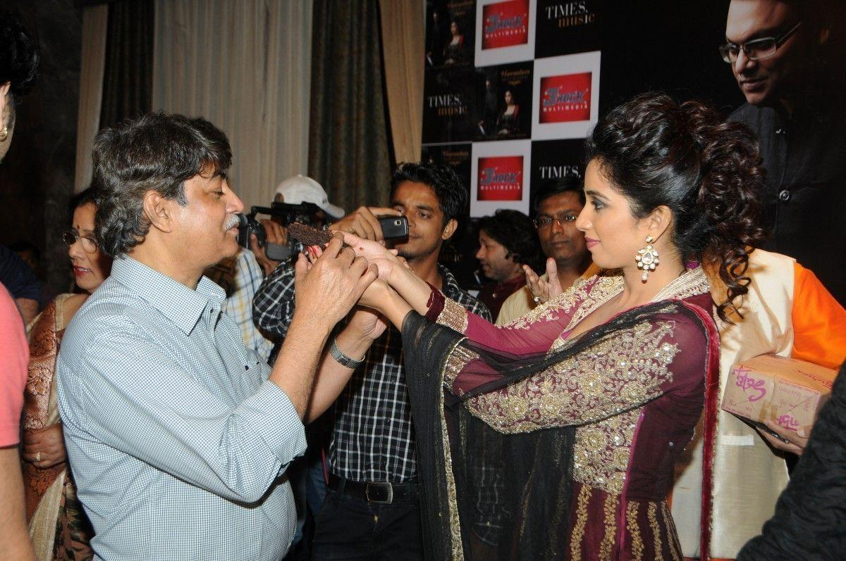 shreya-ghoshal-rare-